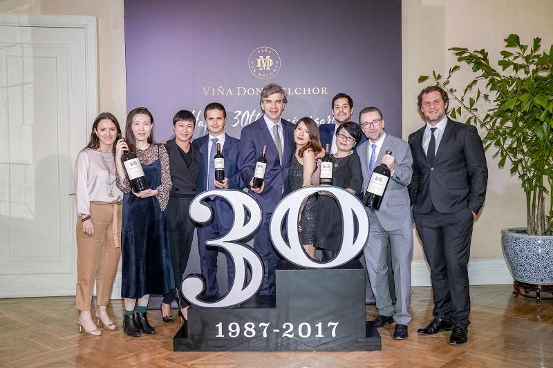 Gira mundial de Enrique Tirado para presentar cosecha 2017